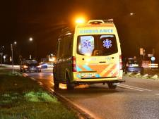 Zwaar ongeluk in 's-Heerenhoek: auto botst op scooter