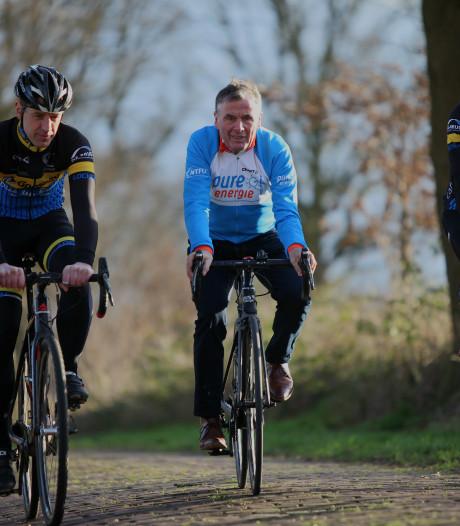 Hennie Kuiper inspecteert vernieuwde wielertocht Paaschbergs Mooiste: 'Mannen van de jongens scheiden'