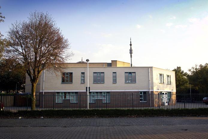 De Al Fourqaan moskee aan de Otterstraat.
