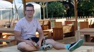 """Werkloze tentenverhuurder knutselt eigenhandig Bar Nature in elkaar: """"Volledig klaar om de mensen een vakantiegevoel in eigen land te bieden"""""""