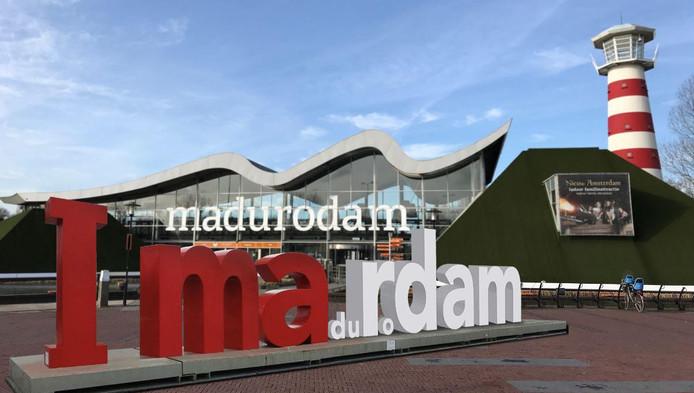 Een nieuw ontwerp van Madurodam, voor de I amsterdam-letters