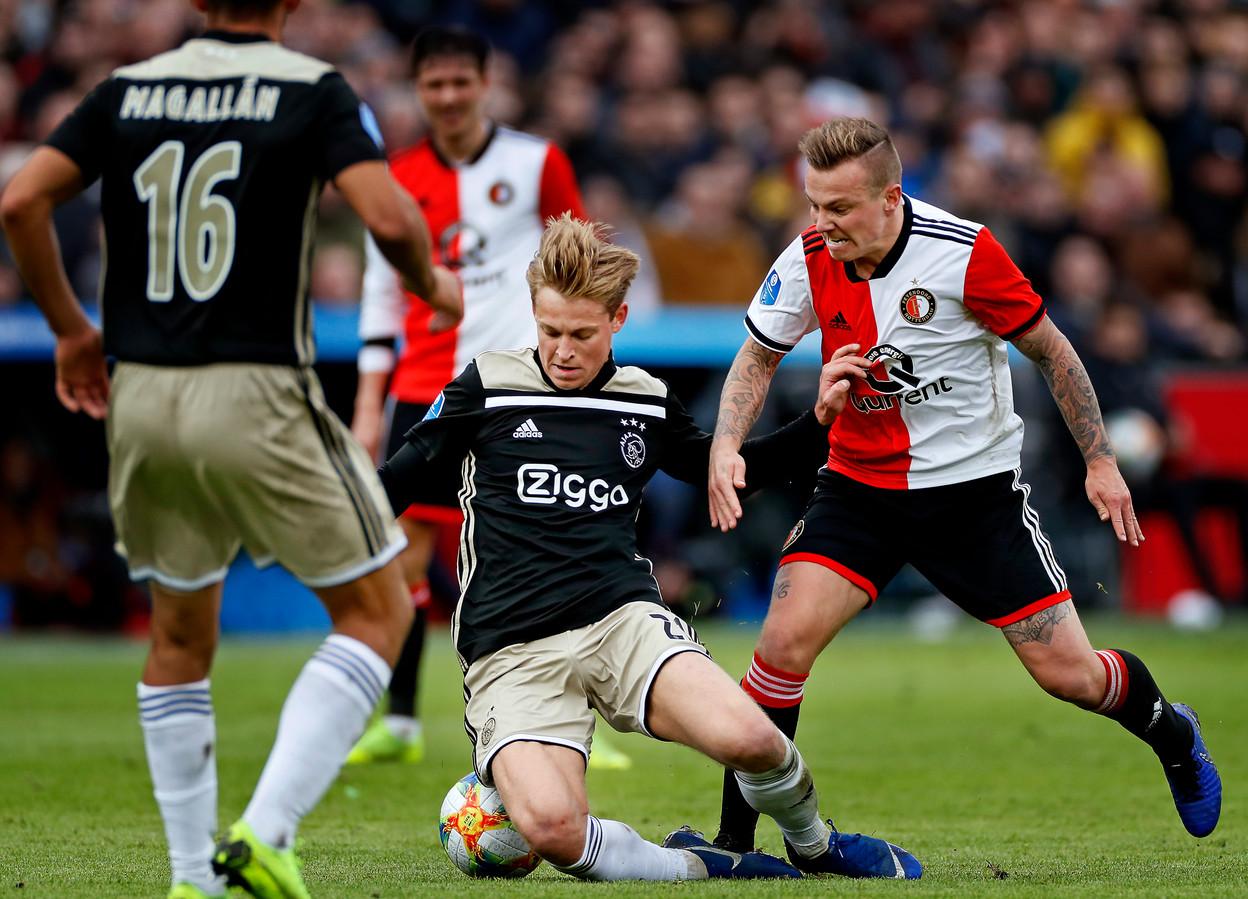 Feyenoord - Ajax zal ook volgend seizoen niet op zondagavond worden gespeeld.