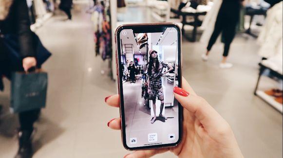 Winkelen 'door je mobiel'.