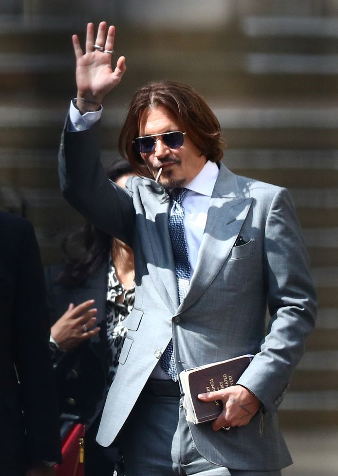 Johnny Depp bij de rechtbank in Londen.