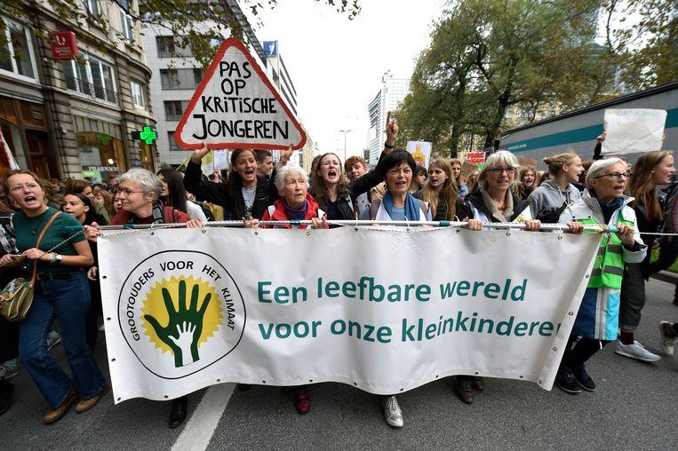 """""""Schuif de klimaatpatat niet door"""", luidt de conclusie van het rapport van de Sociaaleconomische Raad van Vlaanderen."""