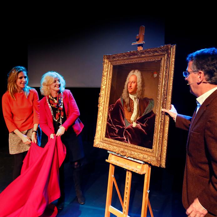 Het portret van regent Abraham Van Hoey werd maandagavond onthuld.