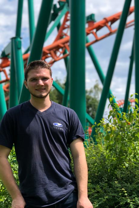 Pretparkfan Joey (18) heeft een missie: 20 uur ritjes maken in deze ruige achtbaan van Walibi