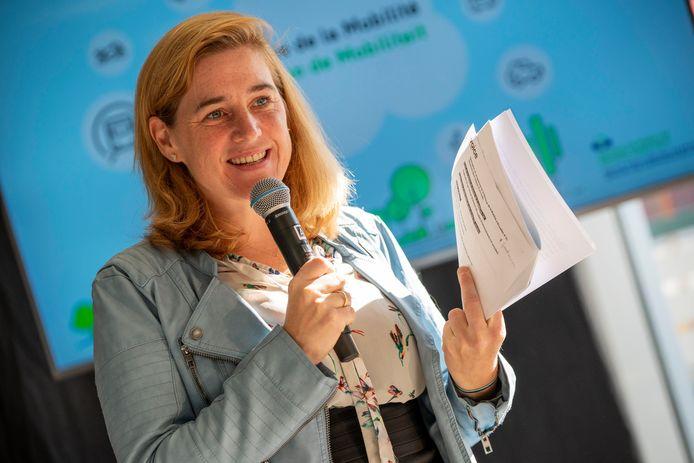 Archiefbeeld. Voorstelling van het programma van de Week van de Mobiliteit en de Autoloze Zondag in  i.a.v. ministers Elke Van den Brandt en Alain Maron