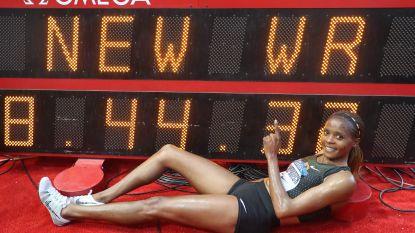 Keniaanse Beatrice Chepkoech loopt wereldrecord op 3.000 meter steeple op Diamond League in Monaco