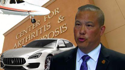 Dokter stelt 18 jaar lang valse diagnoses. Met het geld koopt hij penthouses, luxewagens en privéjet