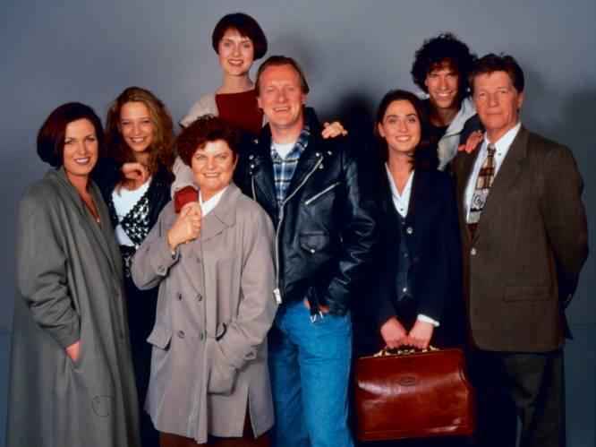 'Thuis' viert 25 jaar met jubileumboek: de strafste trucs en geheimen van de soap (deel 1)