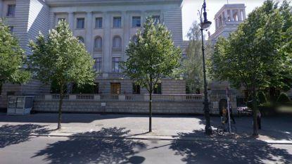 Verdacht voorwerp aan Russische ambassade in Berlijn, omgeving is afgezet