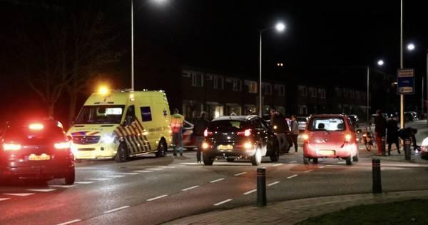 Fietser gewond na aanrijding met auto in Oldenzaal.