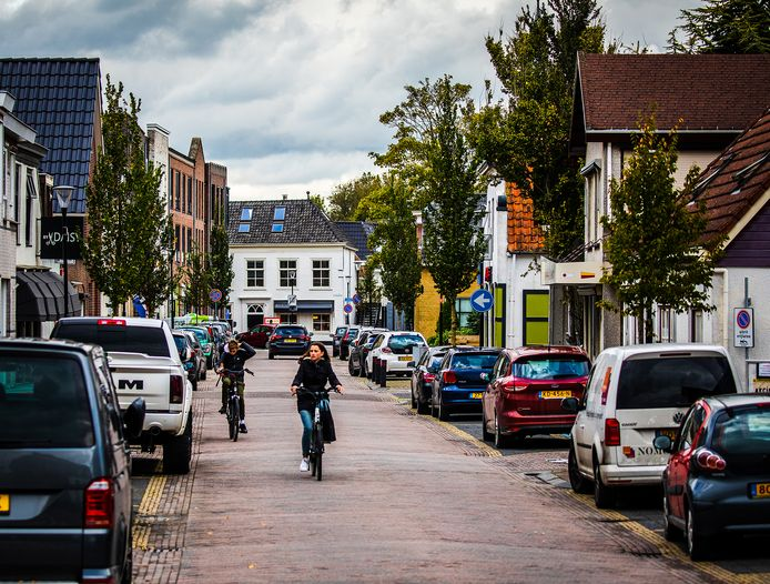 De Voorstraat in Klaaswaal.