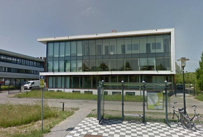 Het pand aan de Middendreef in Lelystad waar de Beekman Klinieken een paar maanden hebben gezeten.