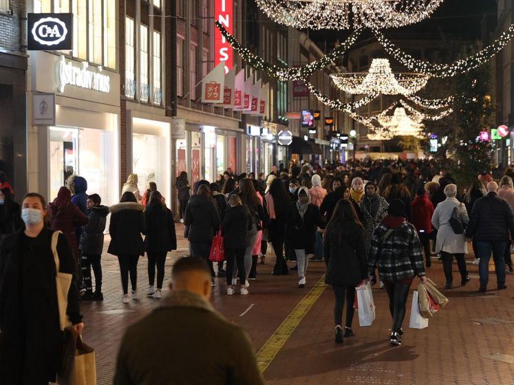 Veel te druk in Eindhovense binnenstad vanwege Black Friday, gemeente roept op om niet meer te komen