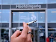 Politiek reageert: 'Dit is bizar, een rookverbod in de buitenlucht'