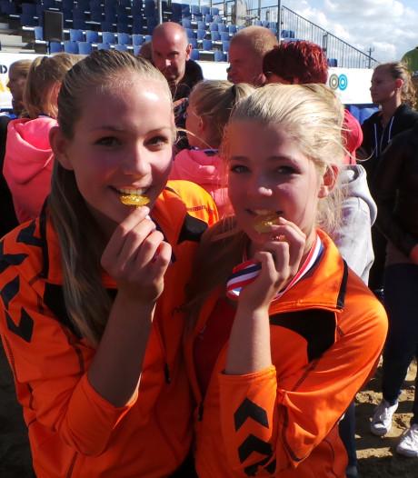 Almelose Charlot Vellener met Jong Oranje naar Servië