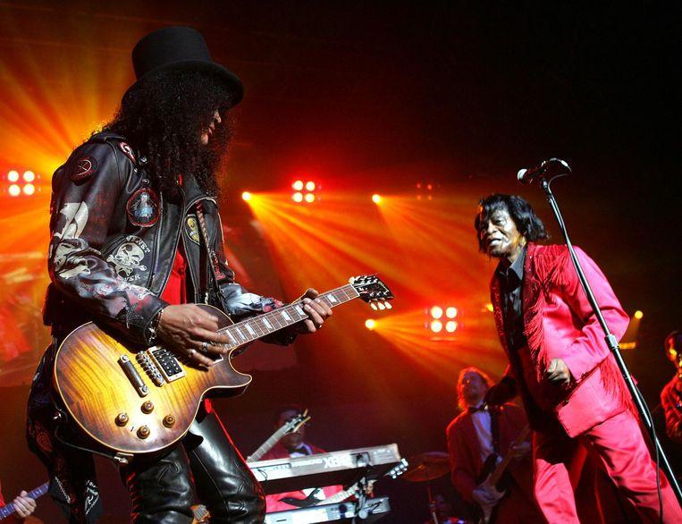 Slash en James Brown Beeld Getty Images
