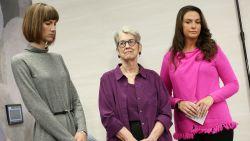"""""""Ik voelde me een stuk vlees"""": drie vrouwen beschuldigen Trump voor de camera van ongewenste intimiteiten"""
