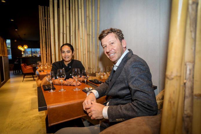 Dokkoon Kapueak en Patrick Delanghe van restaurant Boo Raan in Knokke-Heist. Hun restaurant werd dit jaar voor het eerst beloond met een Michelinster.