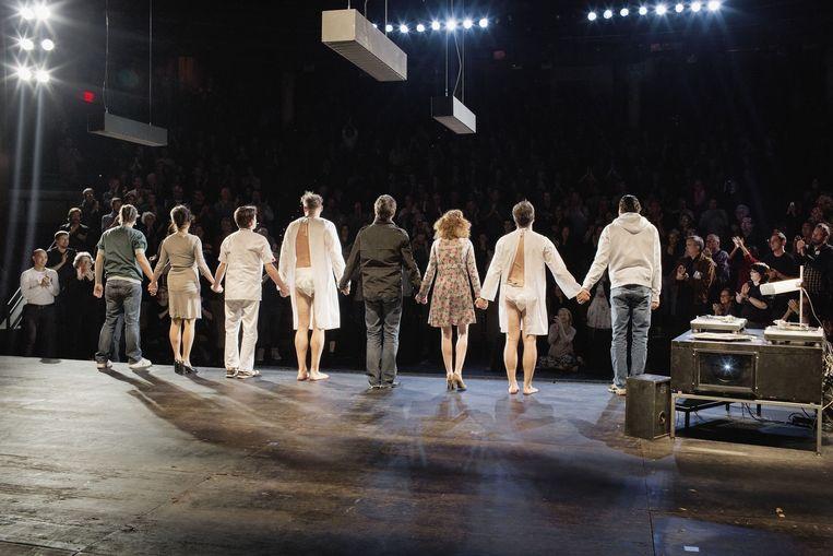 Toneelgroep Amsterdam op het podium in New York Beeld Daniel Rosenthal