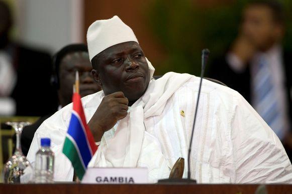 De president, voluit  al-Hadji Yahya Jammeh, op een Afrikaanse top in 2009.