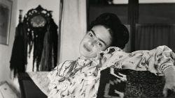 13-jarig meisje kopieert cover van Vogue met Frida Kahlo