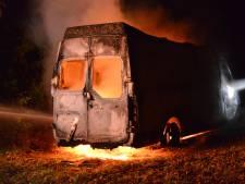 Gestolen bestelbus uitgebrand in Galder