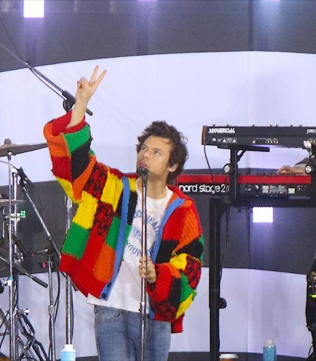 Comment Harry Styles a offert une nouvelle jeunesse au tricot