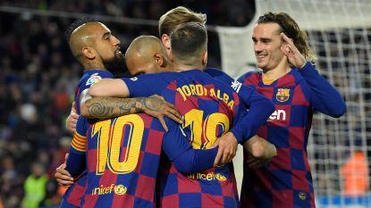 Barcelona met pijn, moeite en hulp van de VAR langs Real Sociedad, waar Januzaj niet aan de bak kwam