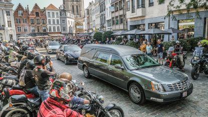 134 motards vormen erehaag voor overleden zaakvoerder van Kortrijkse Autorijschool