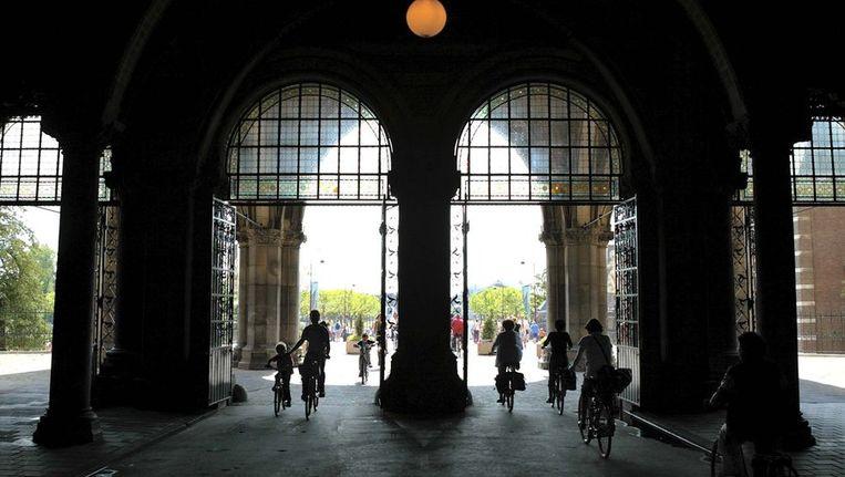 De verbinding tussen de Stadhouderskade en het Museumplein onder het Rijksmuseum zoals het was in 2003. Beeld ANP