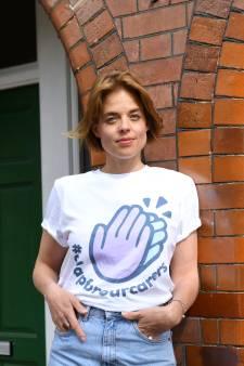 Nederlandse Annemarie laat miljoenen Britten elke week klappen voor de zorg
