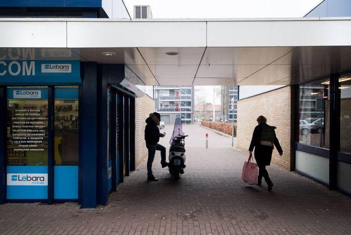 Winkelcentrum De Drieslag in Malburgen, in Arnhem-Zuid.