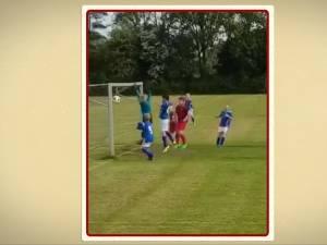 Nick Zwaan (10) uit Veenendaal wint Voetbalmoment van het Jaar