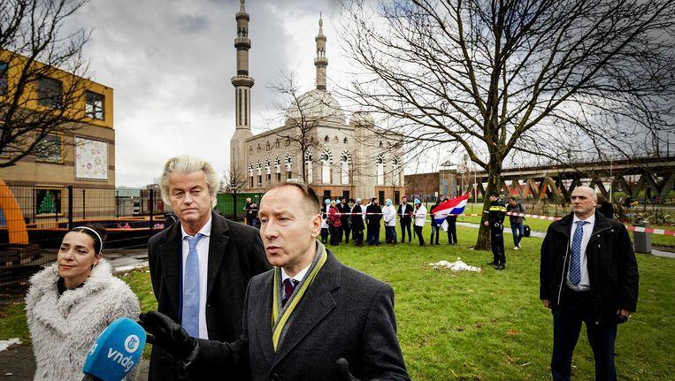 Hegedüs wordt gepresenteerd door Geert Wilders voor de gemeenteraadsverkiezingen in Rotterdam. Beeld anp