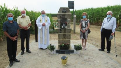 250 jaar oud kapelletje 'Schoone God' na vier verplaatsingen terug op oorspronkelijke plek