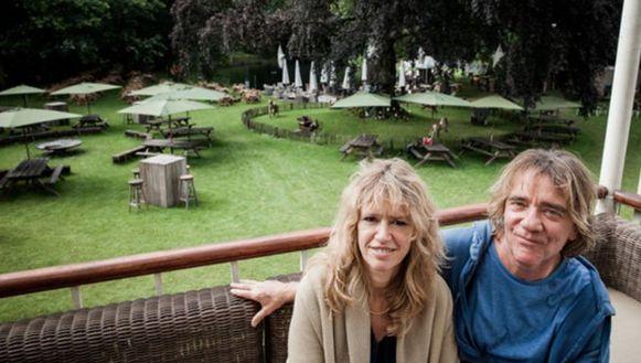 Organisatoren Nani Rammant en Marco Cassiman op het terrein waar Parkkaffee elk jaar plaatsvindt.