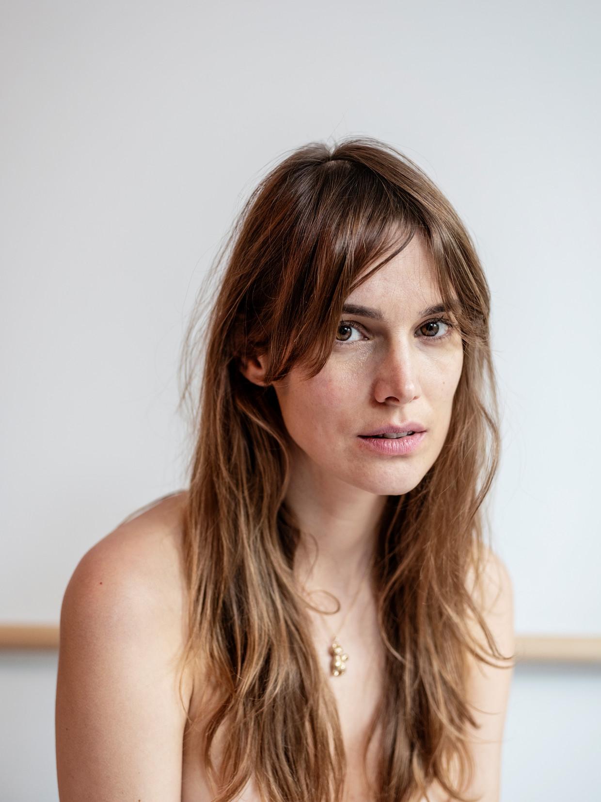 'Ik heb seks met vriendjes ook wel fijn gevonden, maar ik heb het altijd meer voor de ander gedaan dan voor mezelf.' Beeld Tara Fallaux