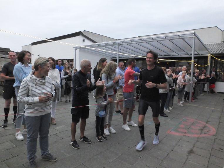 Joris na zijn eerste rondje door Wontergem.