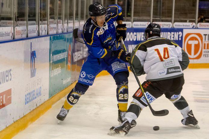 Brock Montgomery in actie tijdens de wedstrijd tegen Black Dragons Erfurt.