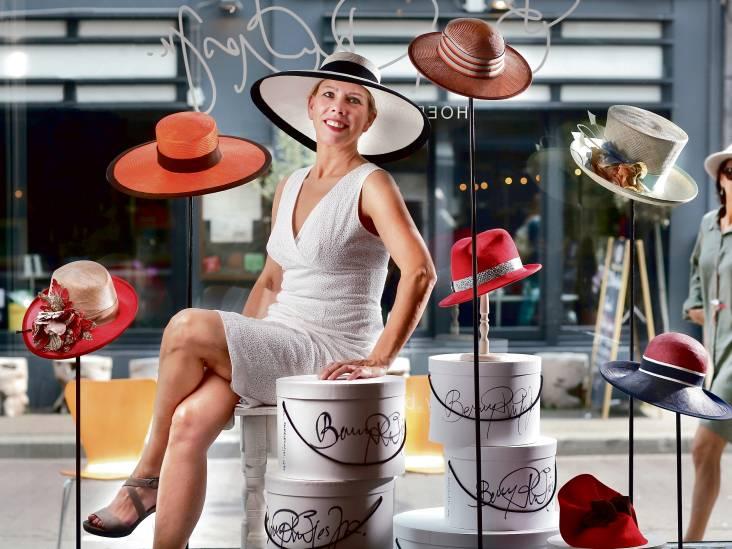 Zelf een hoed á la koningin Maxima maken? Dat kan met de lessen van tophoedenmaakster Berry Rutjes