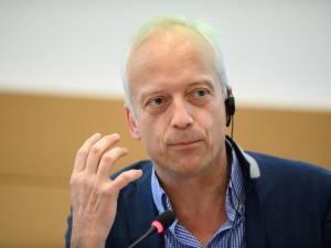 """Yves Coppieters dénonce """"une chasse gardée de quelques experts interpellante en démocratie"""""""