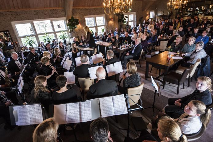 Een volle zaal genoot van het Nieuwjaarsconcert van Caecilia.