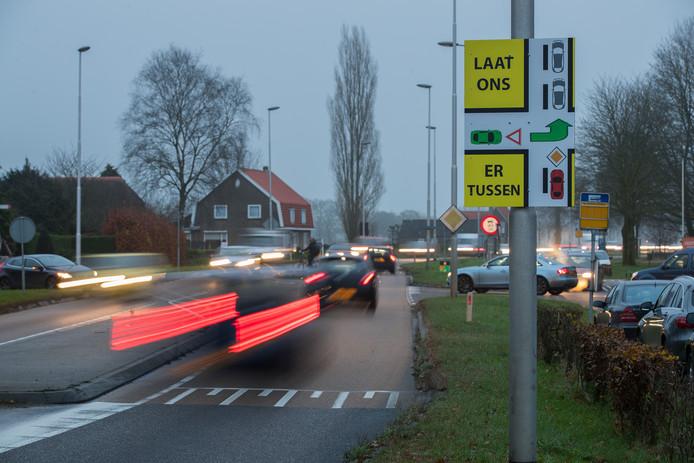 Inwoners van Mariënheem vinden de plannen van Rijkswaterstaat voor de N35 'ruim onvoldoende' en stellen dat hun eigen voorstellen 'breed gedragen worden'.