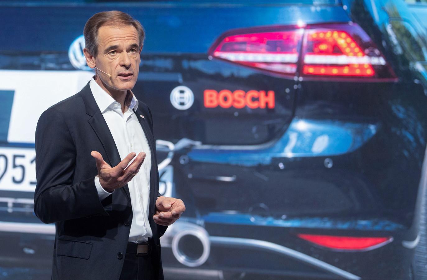 Volkmar Denner, ceo van Bosch, zegt dat zijn bedrijf iets wil doen tegen de klimaatverandering. Bosch ziet toekomst in auto's op waterstof.