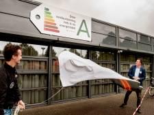 Sporthal De Drie Linden in Prinsenbeek kan er weer een jaartje of twintig tegen