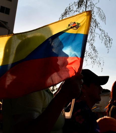 Boot zinkt voor kust Venezuela, zeker 25 vermisten