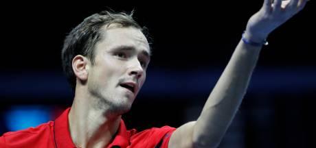 Medvedev blijft ook in thuisland winnen, Tsonga door in Metz